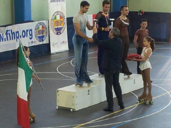 Alessandro Fratalocchi sul podio