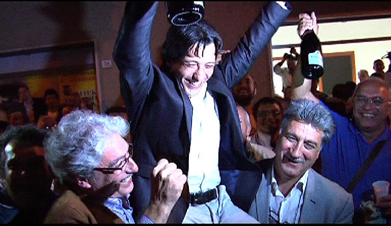 I tre sindaci festeggiano