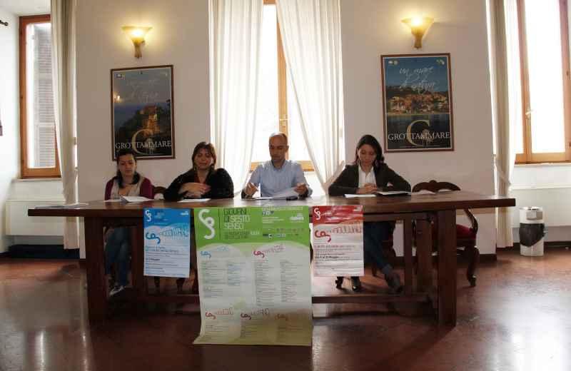 Presentazione degli incontri  dei Giovani di Sesto Senso. Al centro l'assessore Daniele Mariani