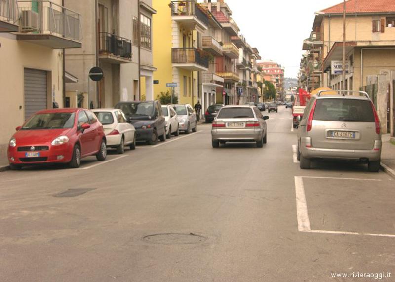 Riviera Oggi 7 ottobre 2009: via Marsala fra poco sarà una strada normale