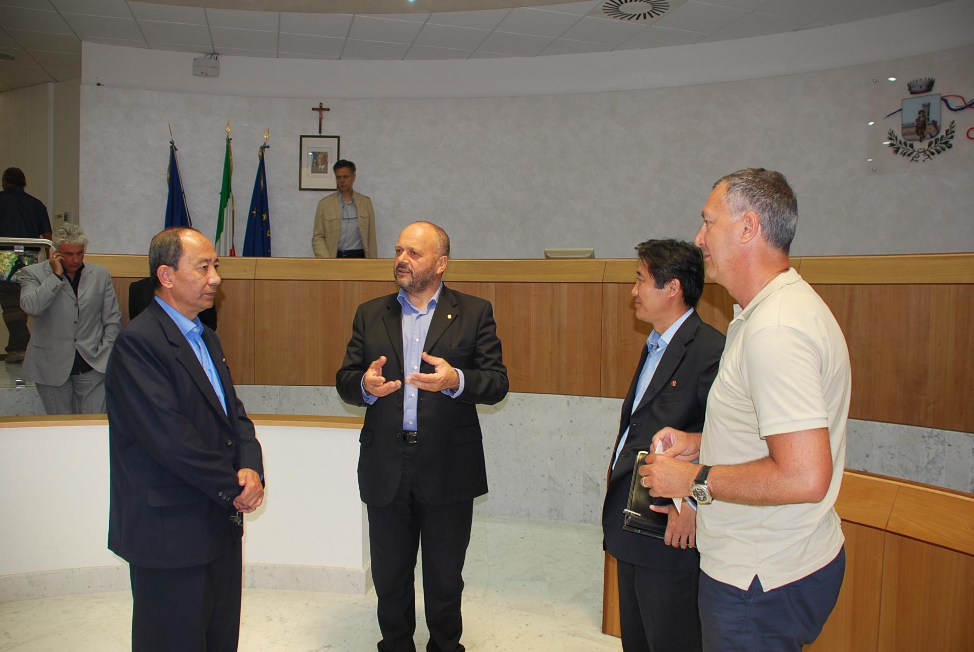 Gaspari e Calvaresi con l'ambasciatore nordcoreano