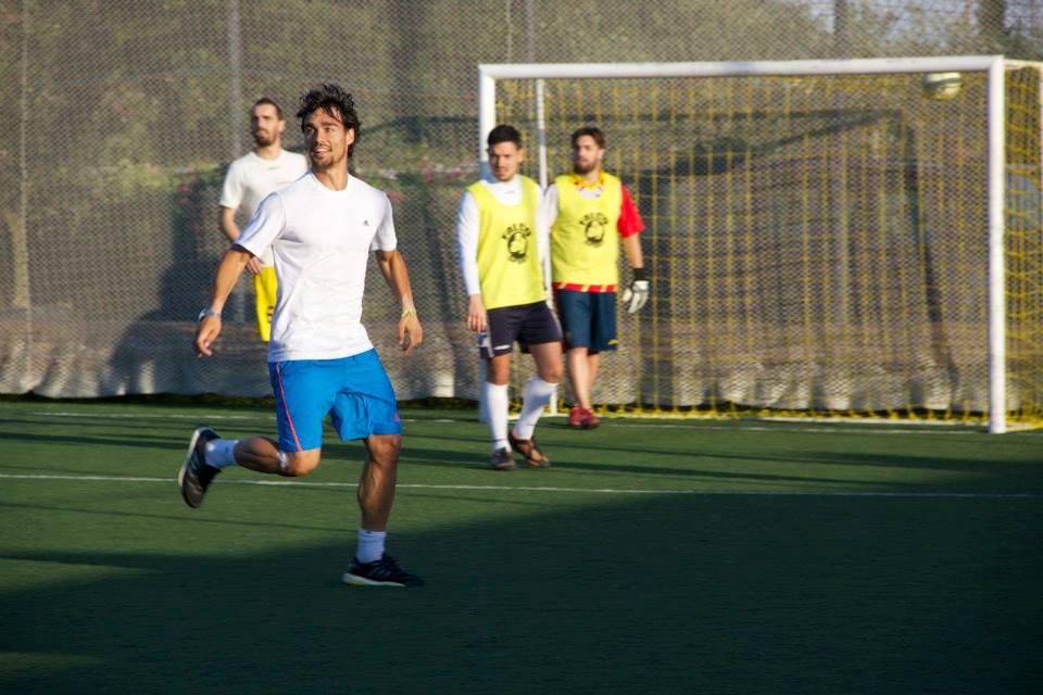Il tennista Fabio Fognini durante la partita di calcetto a Martinsicuro5