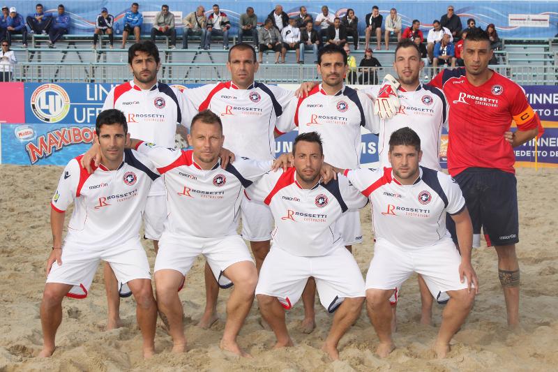 La formazione della Samb Beach Soccer (foto di Alberto Cicchini)