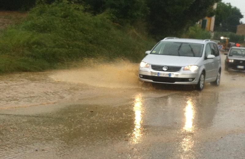 Rallentamenti in Valtesino a causa della pioggia
