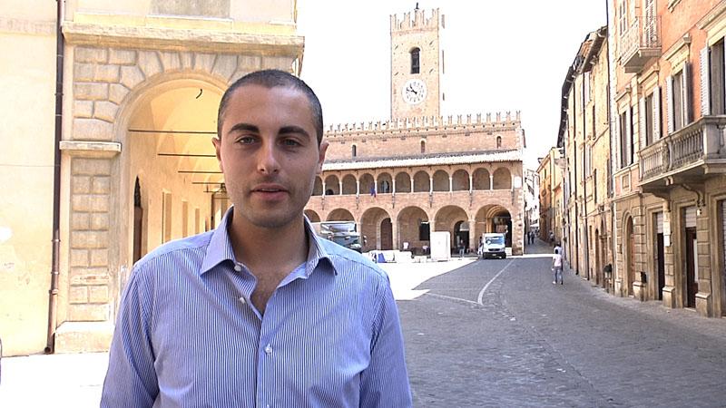Alessio Lossano di Sunsharing a Offida