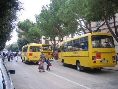 Iscrizioni aperte per lo scuolabus