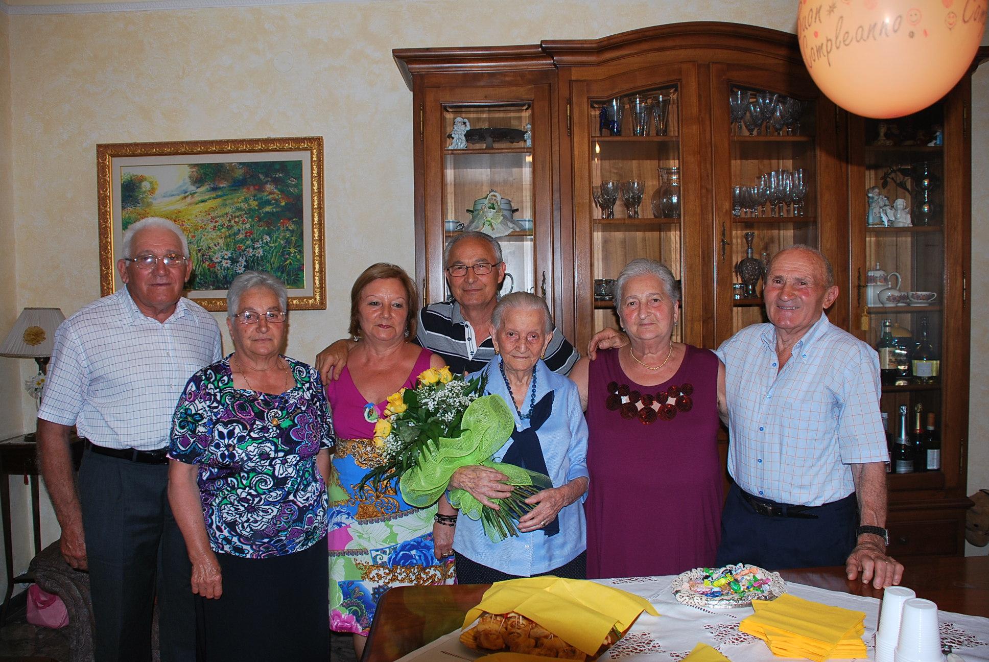 Argentina Maroni con la sua famiglia