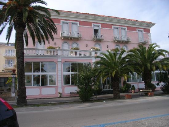 L'Hotel Progresso (immagine TripAdvisor)