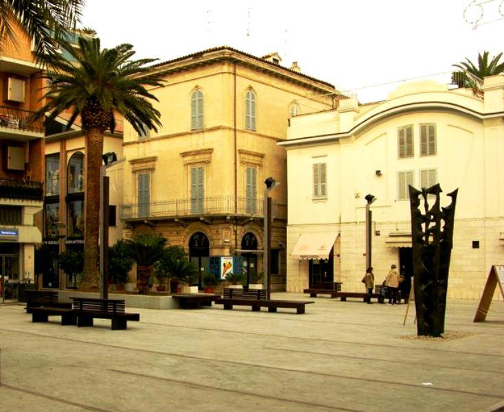 Piazza Fazzini