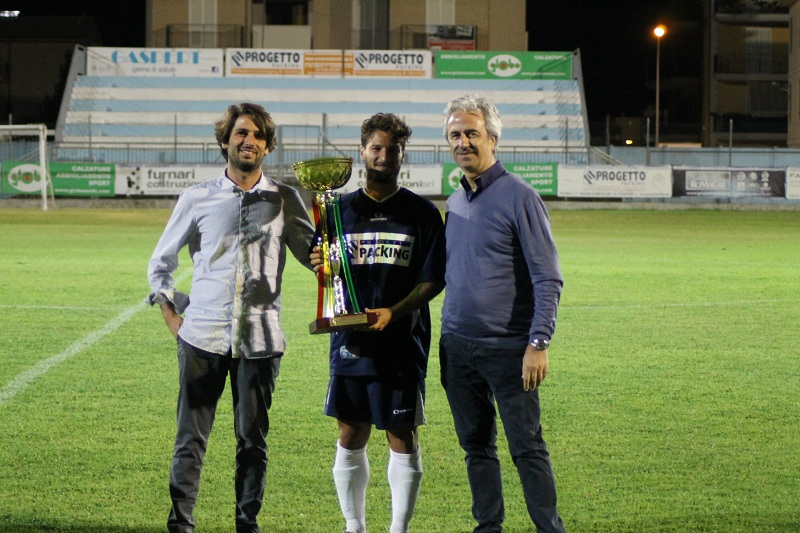 Fabio Monaco premiato da Marcello e Giorgio Rivosecchi