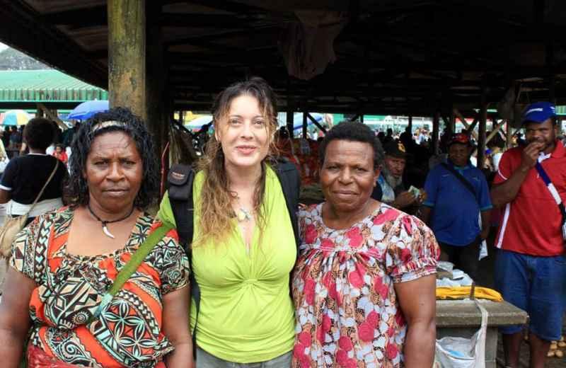 Raffaella Milandri in Papua Nuova Guinea