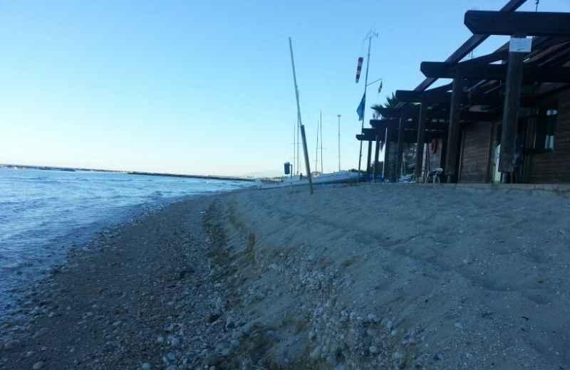 Erosione nella spiaggia a nord di Grottammare