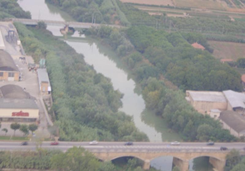 Il fiume Tronto divide Abruzzo e Marche
