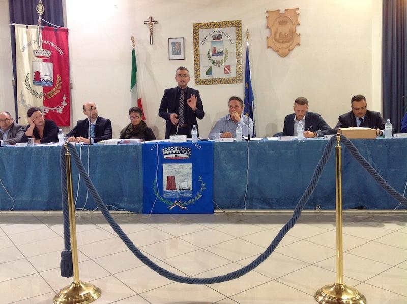 Consiglio Comunale del 24 ottobre, Camaioni