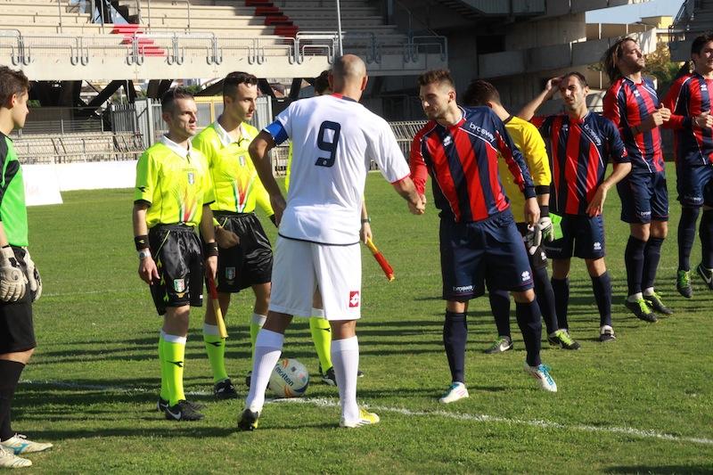 Samb-Montegiorgio, ingresso in campo delle squadre
