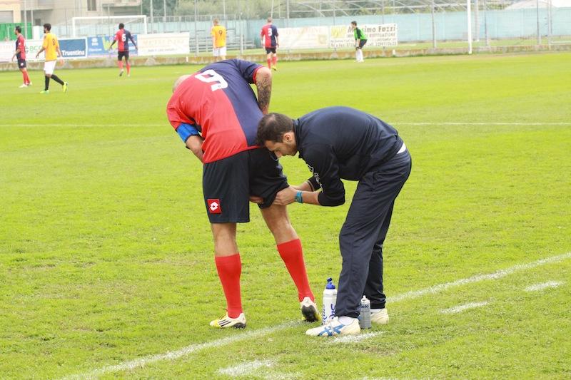 Portorecanati 0-2 Samb, l' infortunio di Tozzi Borsoi