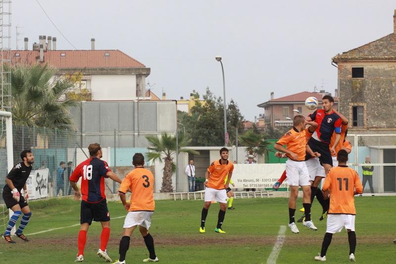 Portorecanati 0-2 Samb, Traini stacca di testa