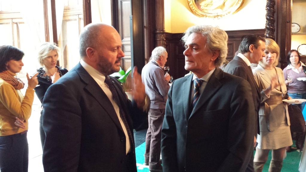 Sindaco con ambasciatore italiano a mosca
