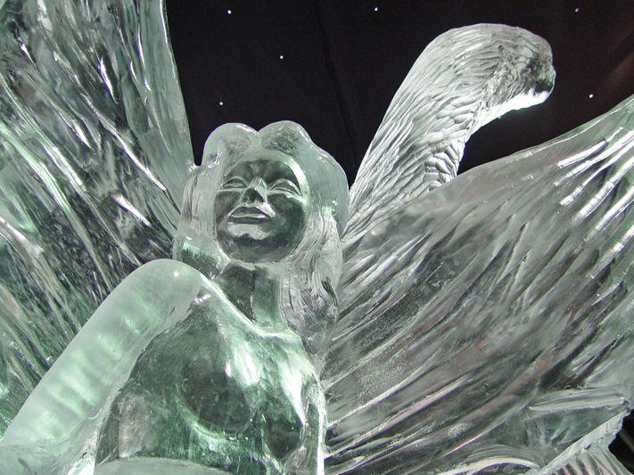 Scultura di ghiaccio (fonte foto: doveviaggi.corriere.it)