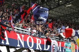I tifosi della Curva Nord Massimo Cioffi