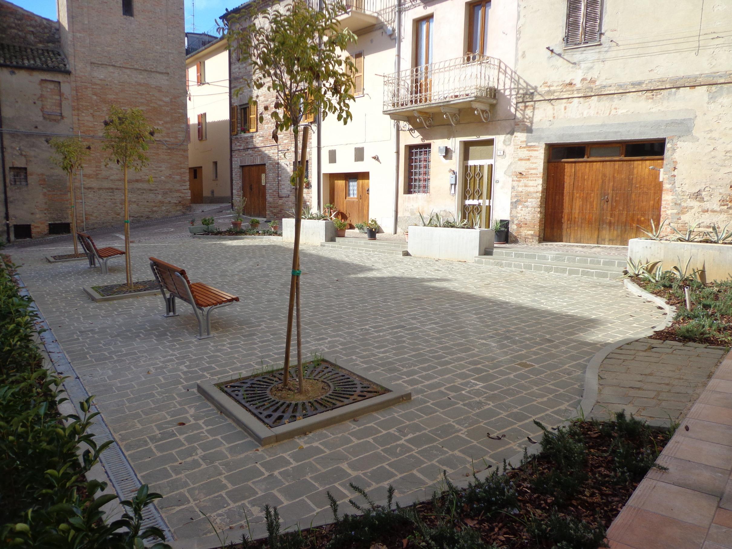Piazza Damiani