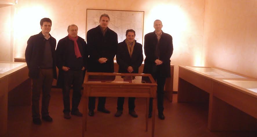 La delegazione ungherese nella sala dei codici di San Giacomo assieme al vicesindaco Romano Speca