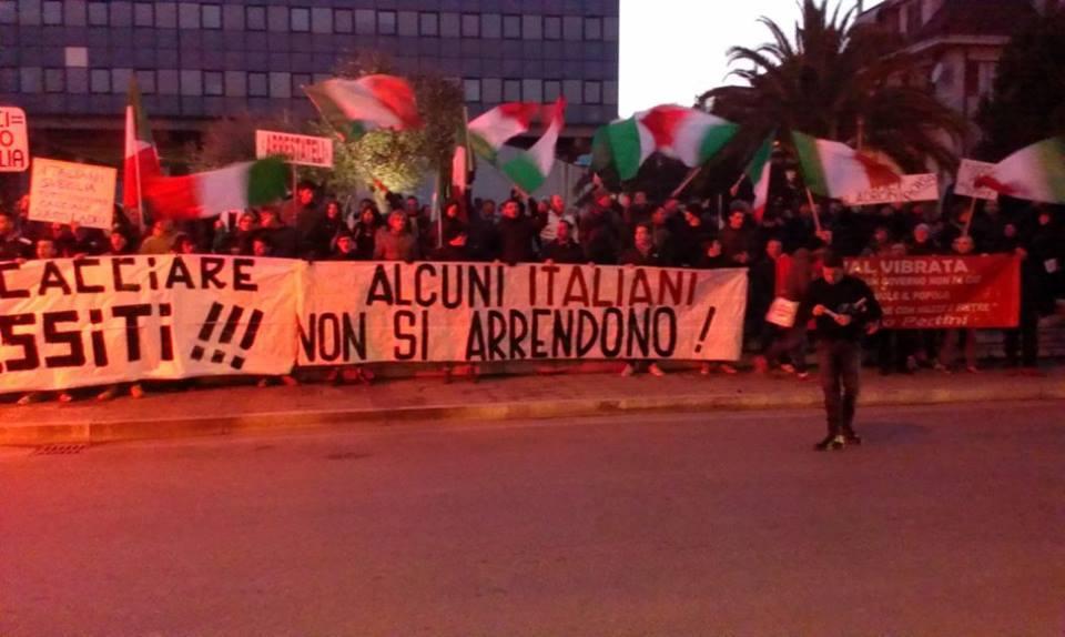Manifestazione Coordinamento 9 dicembre (foto Facebook F. Di Nicola)