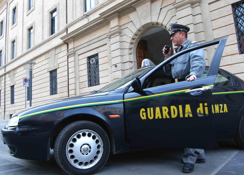 Operazione della Guardia di Finanza di Fermo
