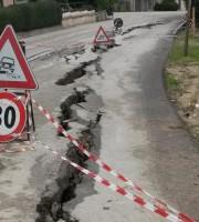 Rischio crollo per la strada provinciale a San Savino