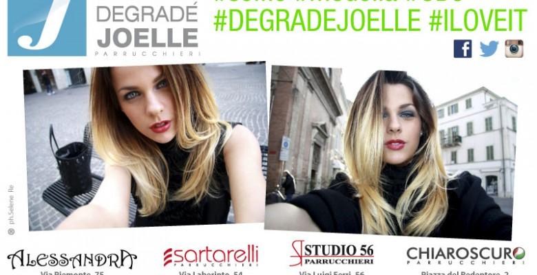 Degradè  Joelle, un selfie per sorridere