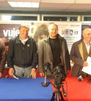 Moneti al centro tra gli ex rossoblu Mecozzi, Beni, Garbuglia e Buratti