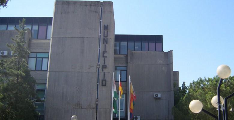 Il Palazzo comunale di Martisicuro