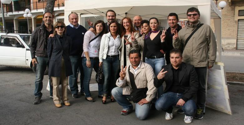 Il M5S di Spinetoli insieme all'onorevole Paola Taverna