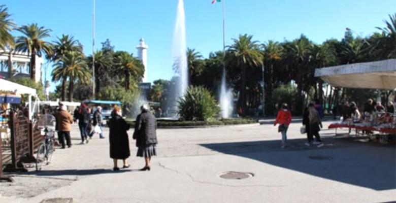 Mercato in Piazza Giorgini