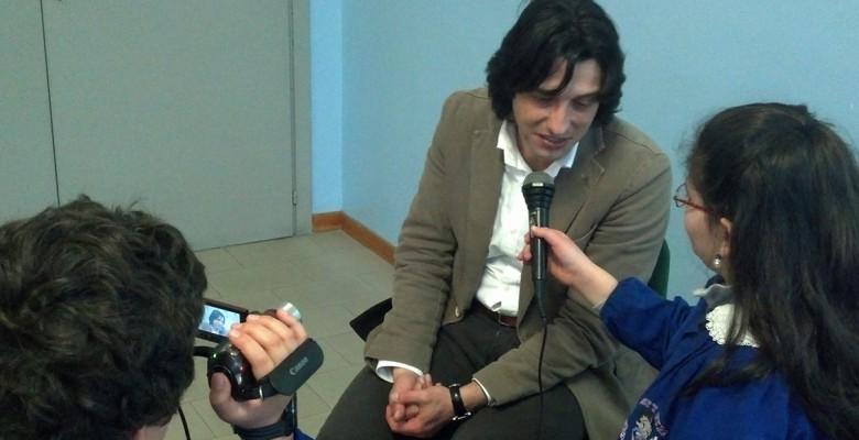 Piergallini intervistato dalla 5 B della scuola Speranza