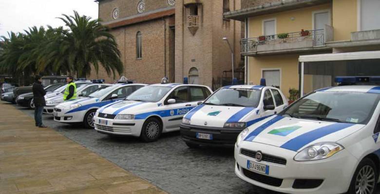 Alcune auto della Polizia Locale