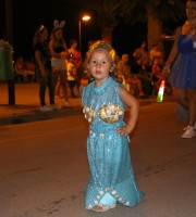 Carnevale estivo 2014, la piccola Alice del carro di Campocasone