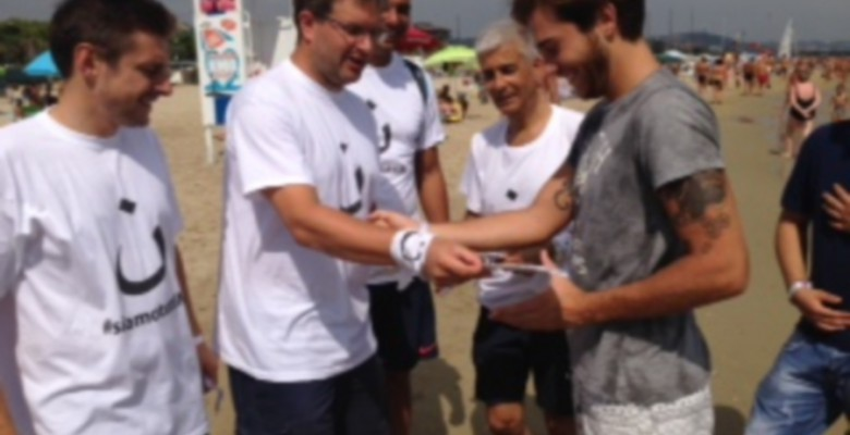 Delegazione di Fratelli d'Italia in spiaggia