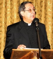 Vescovo Carlo Bresciani