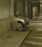 Effusioni in strada, spunta una nuova foto