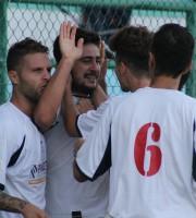 Esultanza Grottammare per il gol partita a tempo scaduto di Crescenzo contro il Monticelli