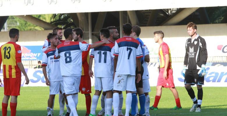 Samb-Amiternina 1-0, i rossoblu protestano per l'espulsione di D'Angelo