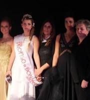 La vincitrice della sfilata Jessica Tranquilli subito dopo  la premiazione