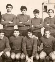 Osvaldo Croci nella formazione del Liceo scientifico che batté i pari grado ascolani