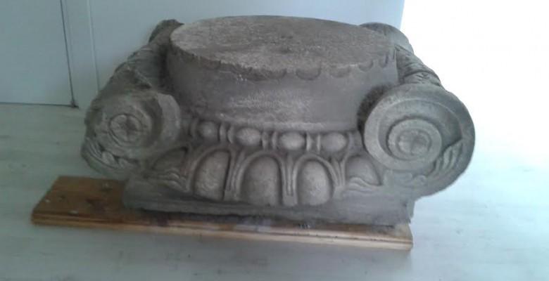 Capitello ritrovato al Parco Archeologico di Cupra