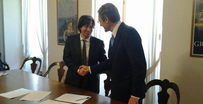 Foto d'archivio: il sindaco Enrico Piergallini e il presidente Vincenzo Marini Marini