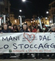 Striscione No Gas
