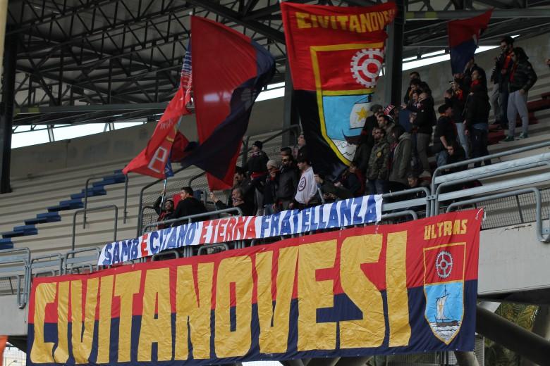 tifosi della Civitanovese foto bianchini