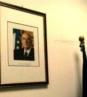 La foto di Napolitano in sala giunta
