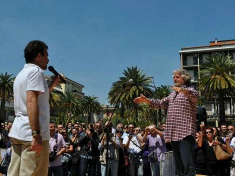 Beppe Grillo a San Benedetto nel 2011